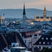 100 Jahre Republik Österreich: Krisen, Wirtschaftswunder, Idole