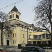 Grätzelspaziergang Stadlau ‒ vom Dorf zum modernen Stadtteil Wiens mit alten Archivfotos von damals und heute